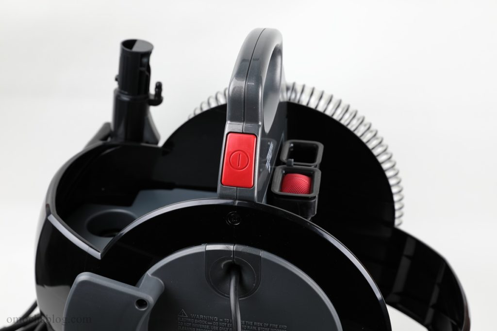 カーペットクリーナー3624の電源ボタン