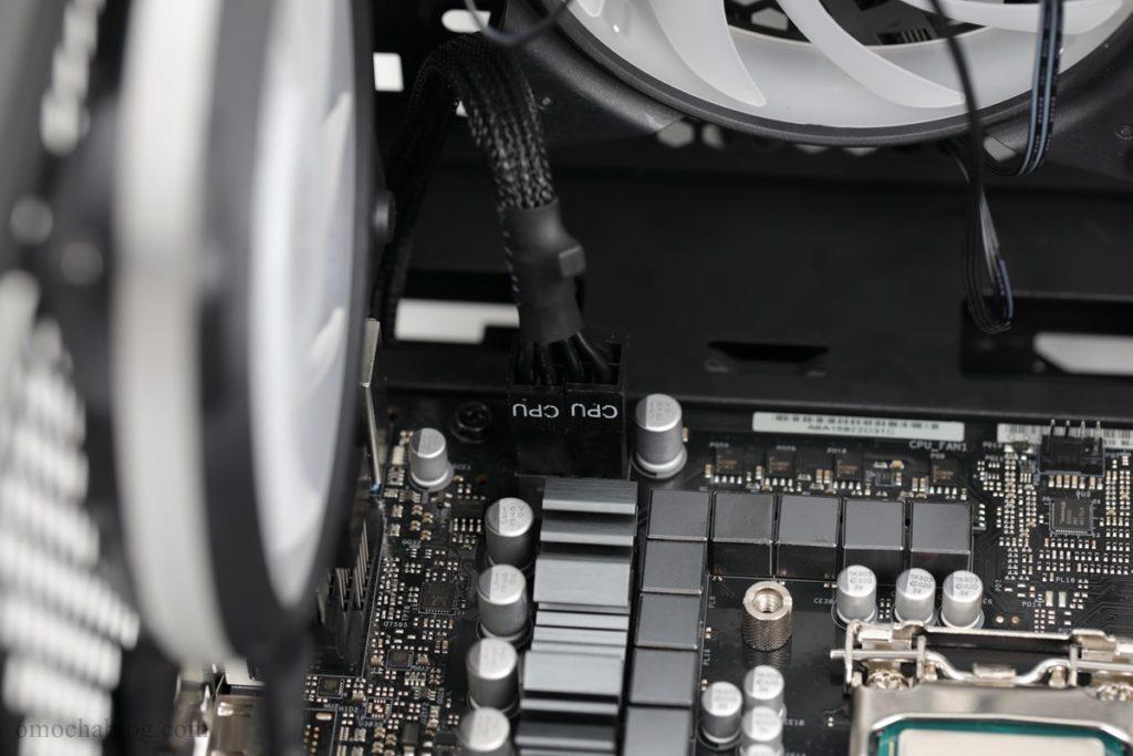 CPU電源取り付け