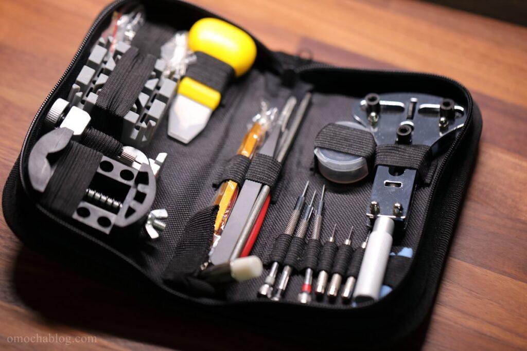 裏蓋を開けるためのツールセ